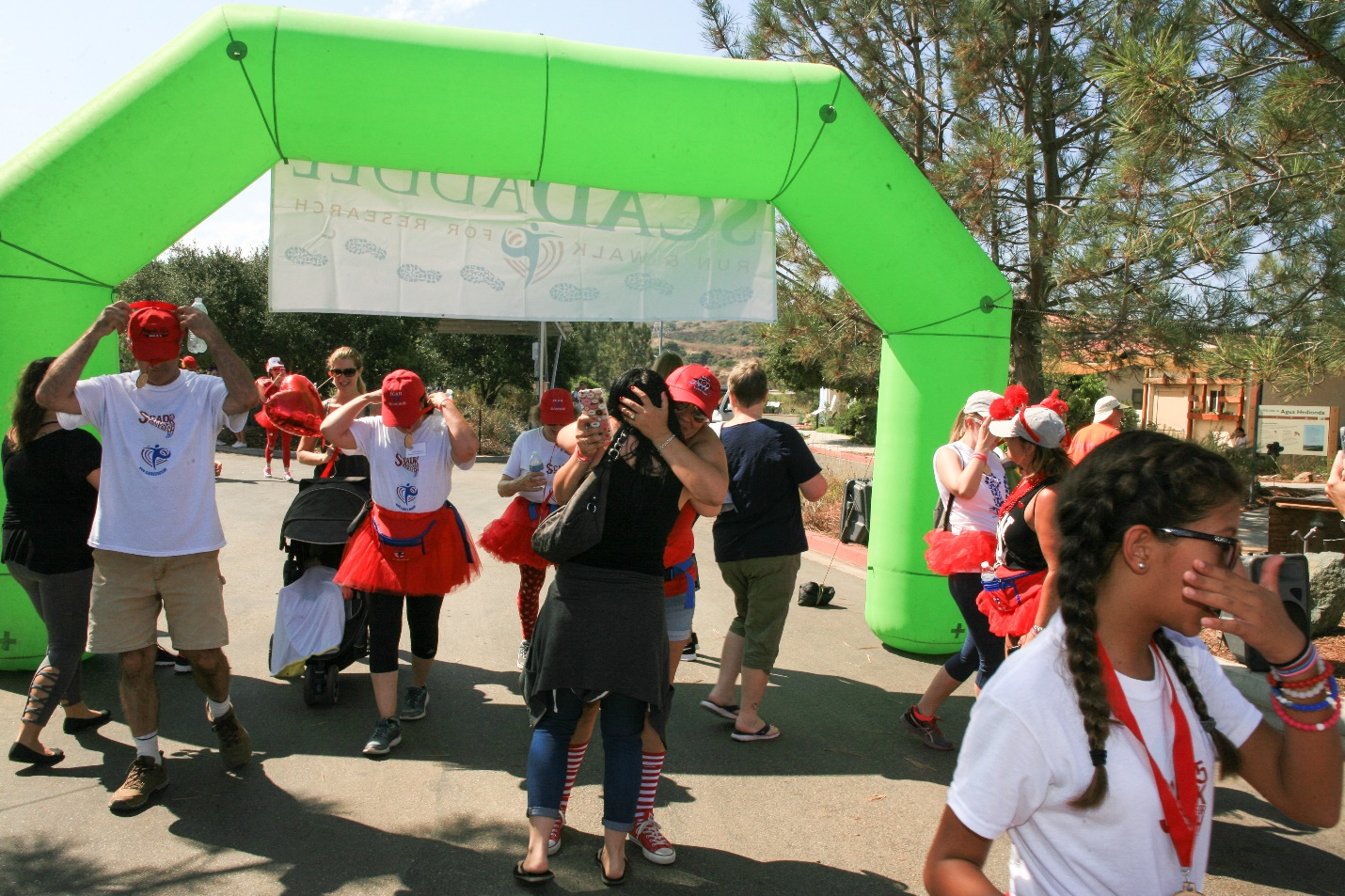 2017 West Coast SCADaddle crossing finish line
